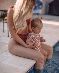 Lauren Burnham Luyendyk Instagram Alessi Luyendyk Celebrity Kids Playing in the Pool in Summer 2020