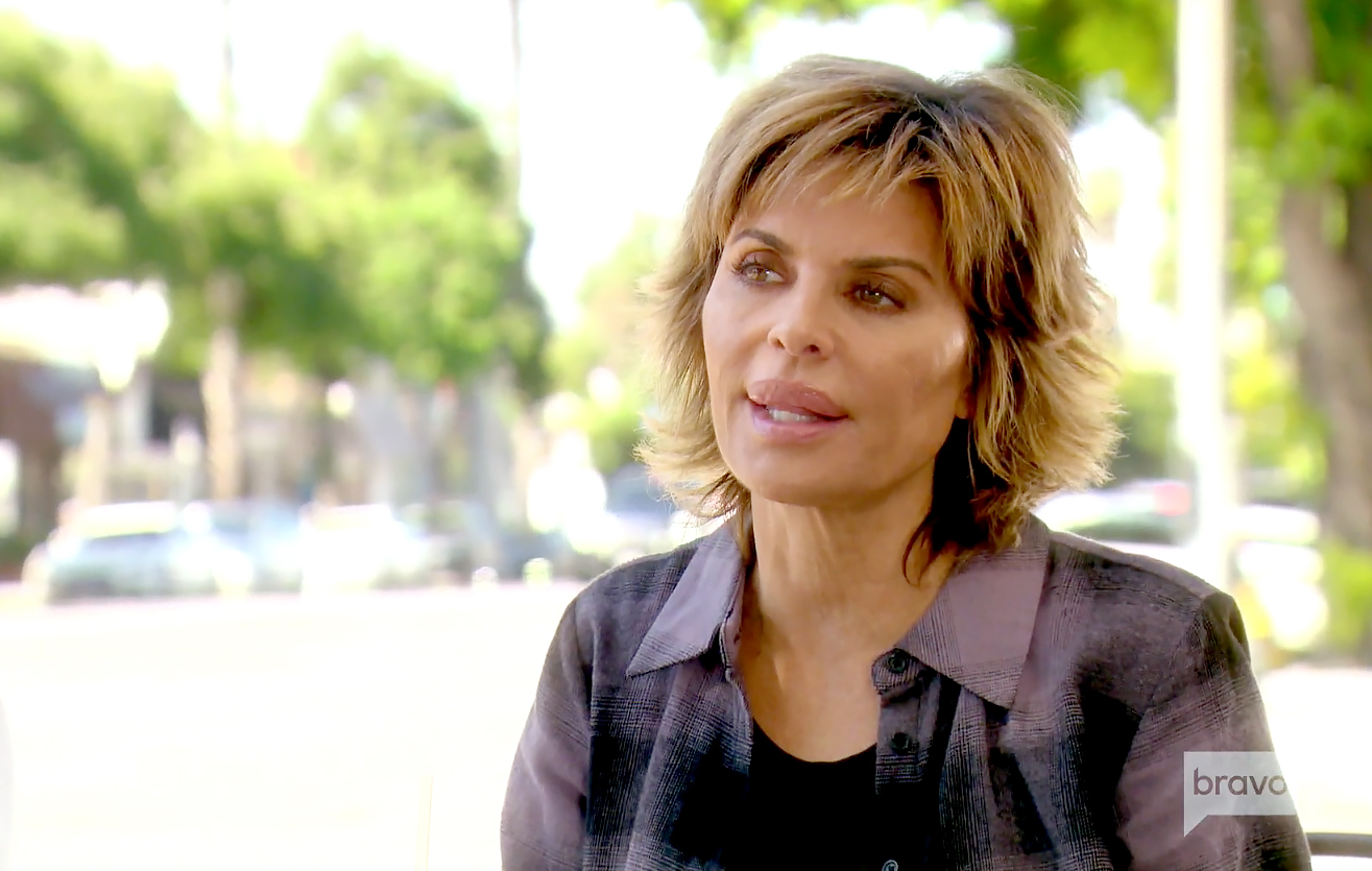 Lisa Rinna Throws Shade at Lori Loughlin and Olivia Jade Giannulli Over College Scandal