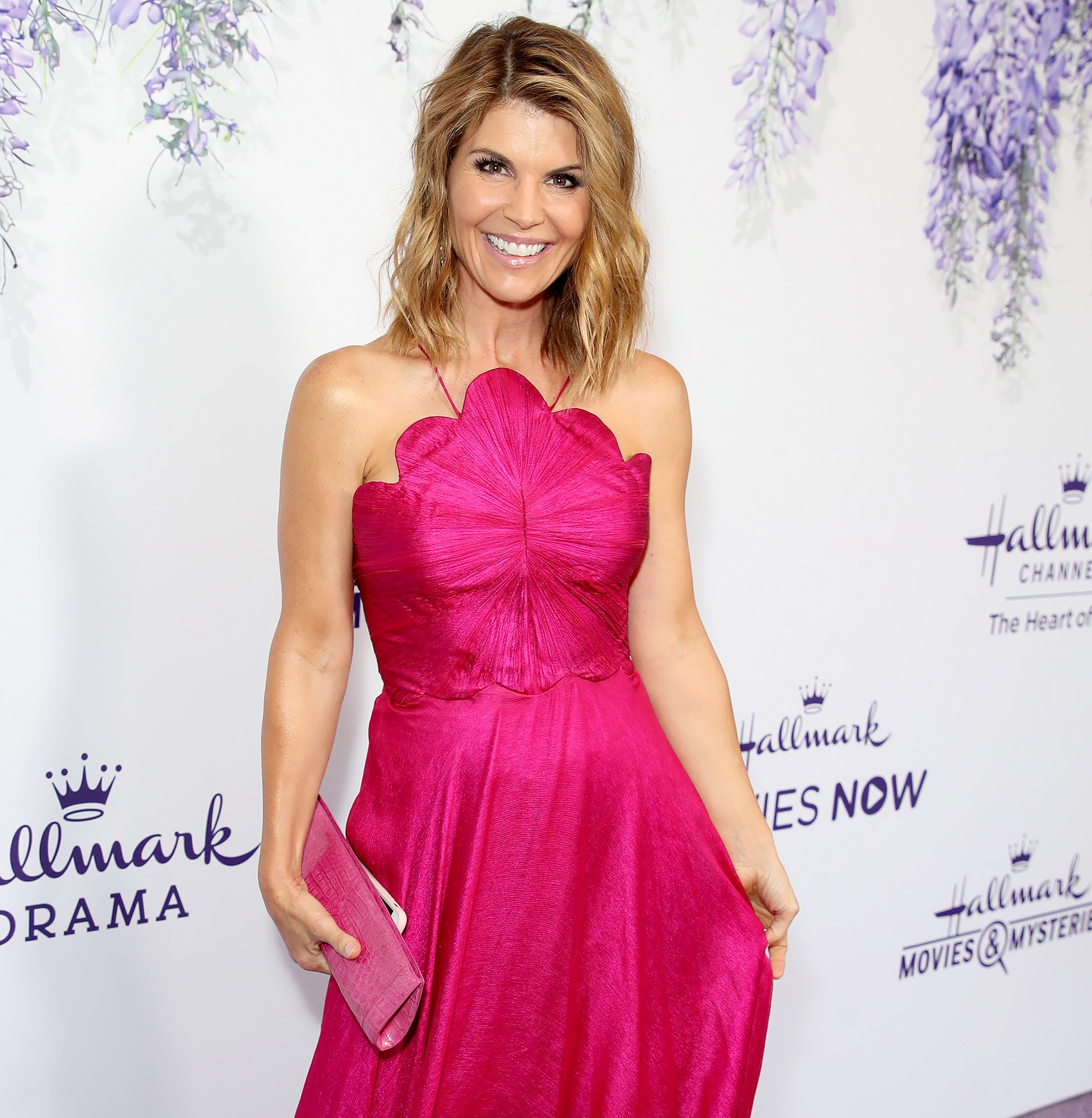 Lori Loughlin Is Confident College Scandal Case Could Be Dropped
