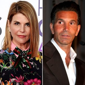 Lori Loughlin Mossimo Giannulli Relationship Shaken Amid Scandal