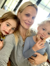 Molly Sims Days During the Coronavirus Outbreak 3