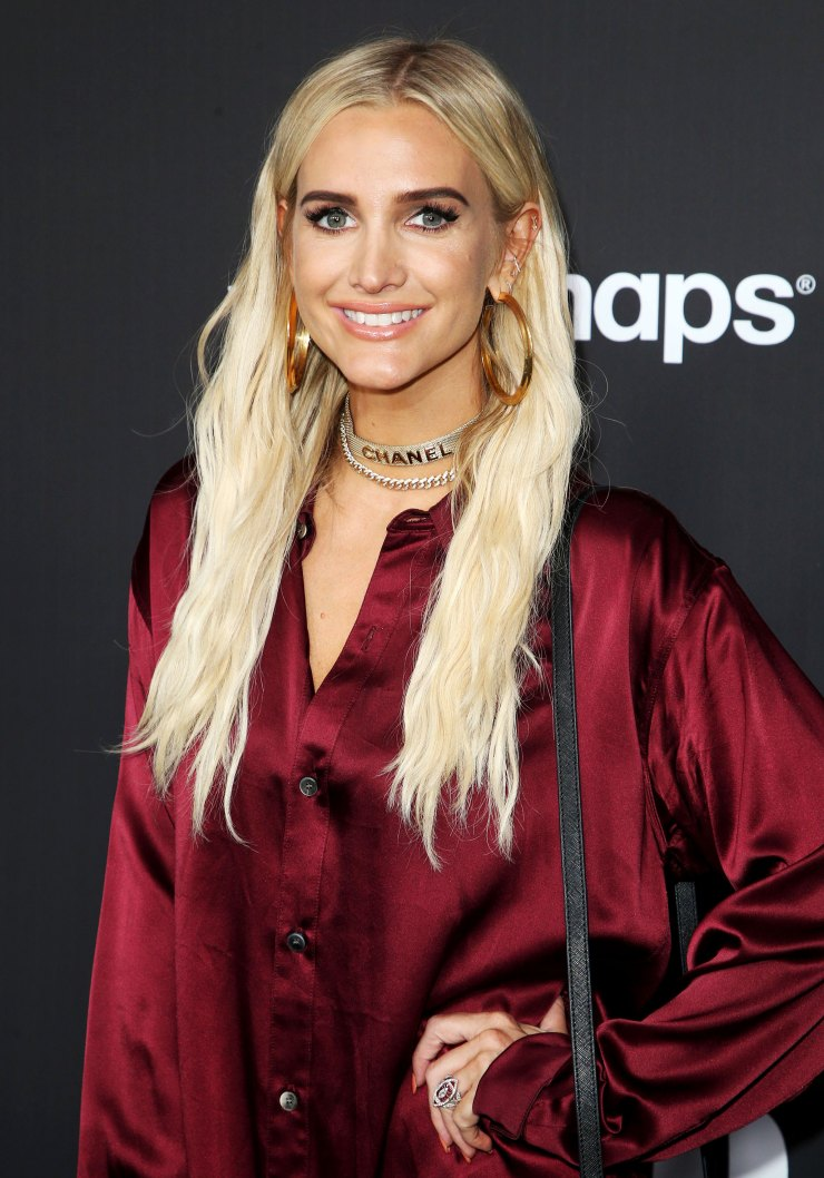 Pregnant Ashlee Simpson Reveals Shes Having Boy