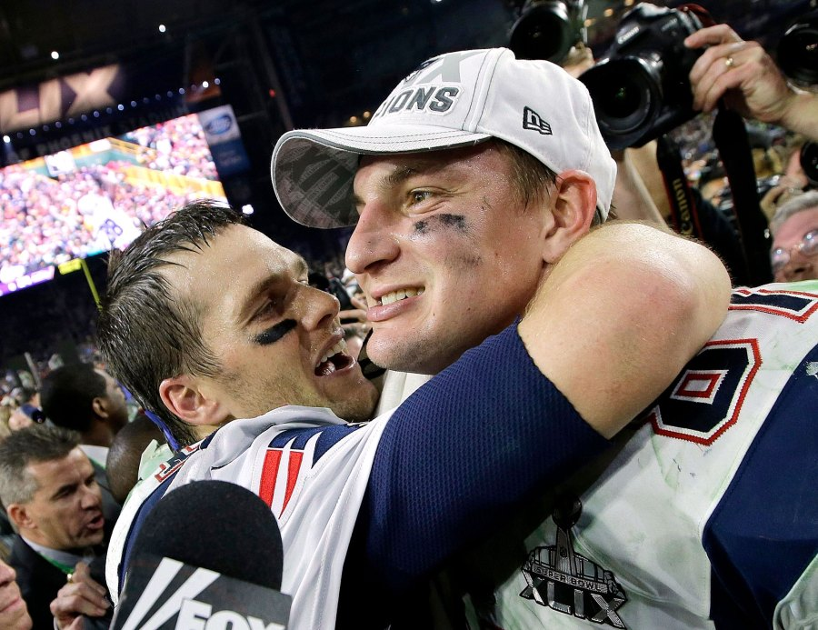 Rob Gronkowski Says Tom Brady Called Him Crying About Tampa Bay Trade
