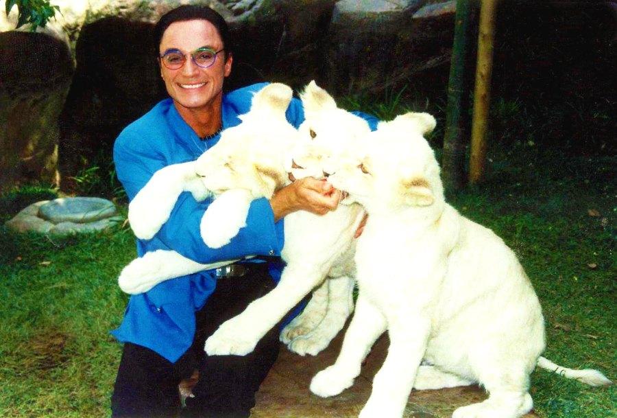 Roy Horn Celebrity Deaths In 2020