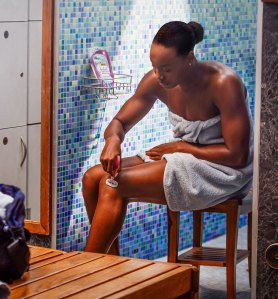 How Olympic Swimmer Simone Manuel Gets Her Legs So Smooth