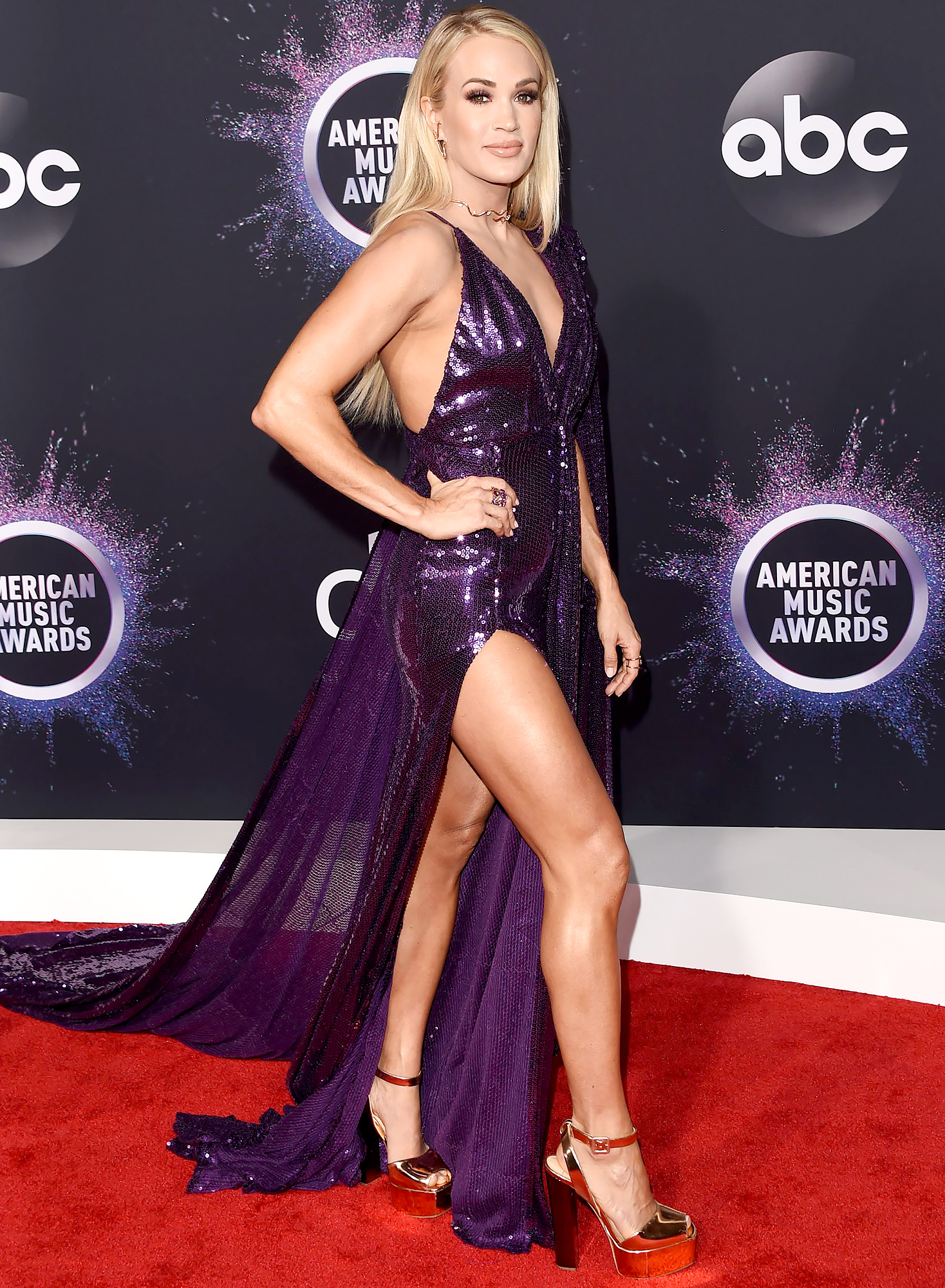 What Carrie Underwood Does to Stay in Shape 2