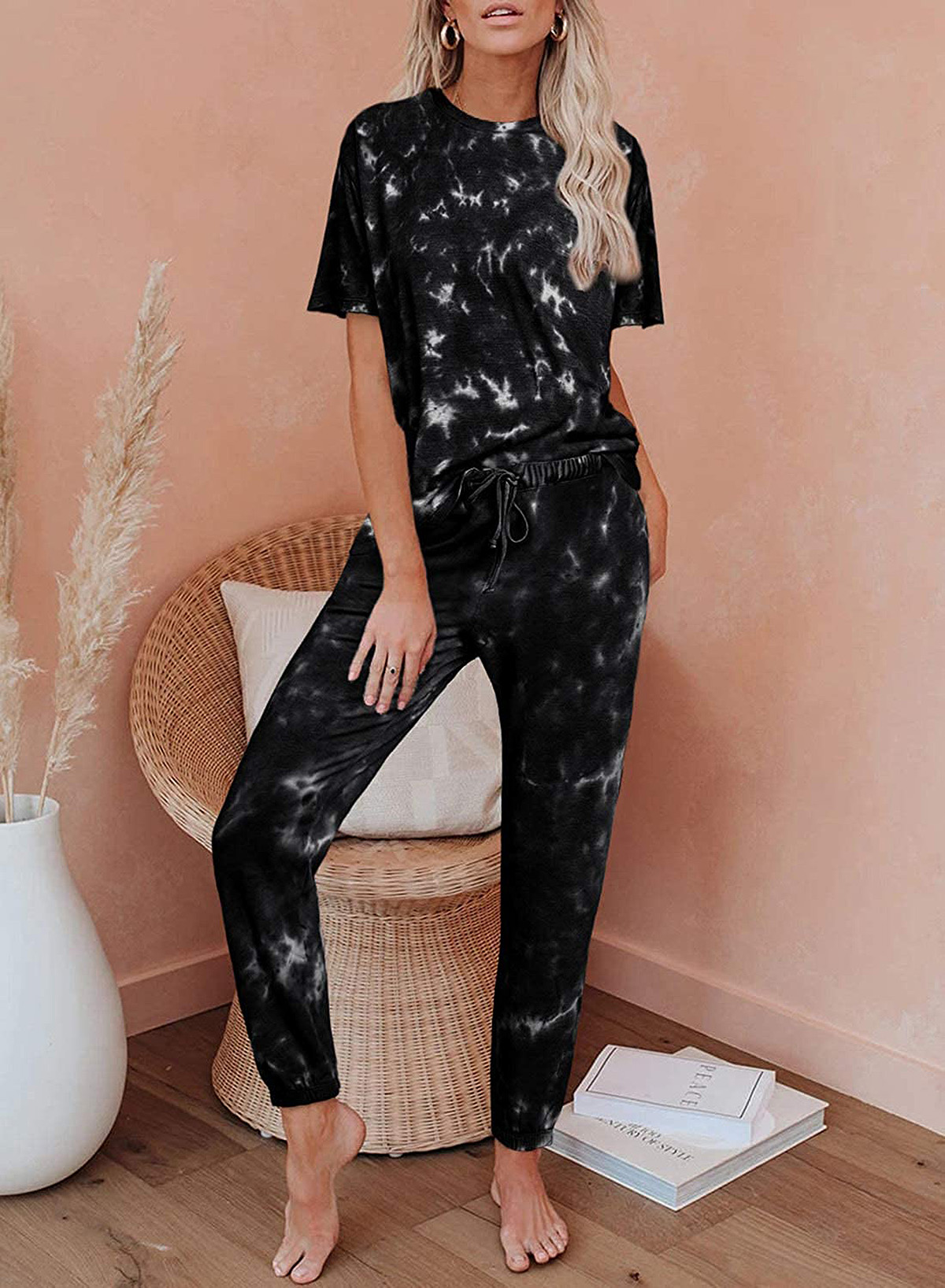 Elapsy Women's Tie-Dye Printed Pajama Set