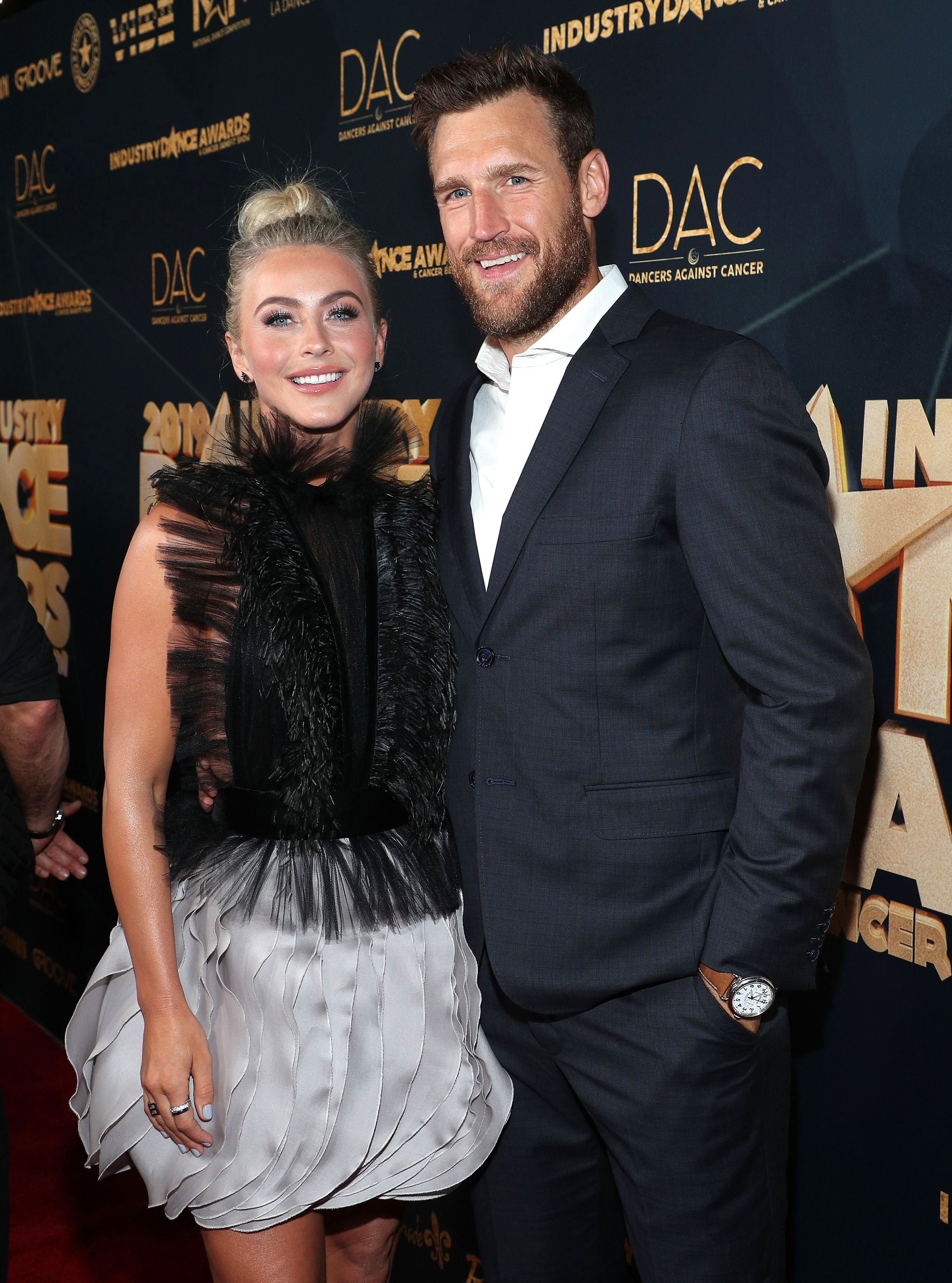 Julianne Hough Comments on Brooks Laich's 'Thirst Trap' Photos