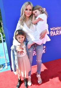 Amanda Stanton Reveals She Doesn't 'Coparent Well' With Daughters' Dad: 'It's OK to Be Honest'