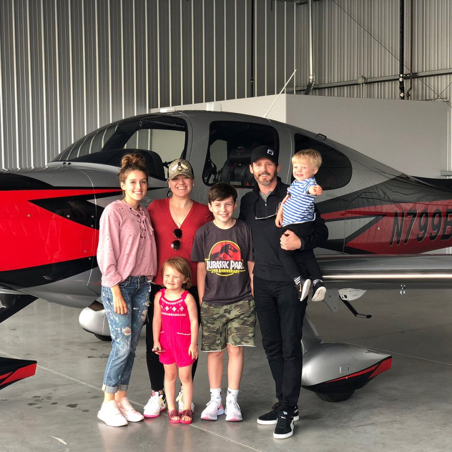 He's a Pilot Brandon Blackstock 5 Things Know Amid His Split From Kelly Clarkson