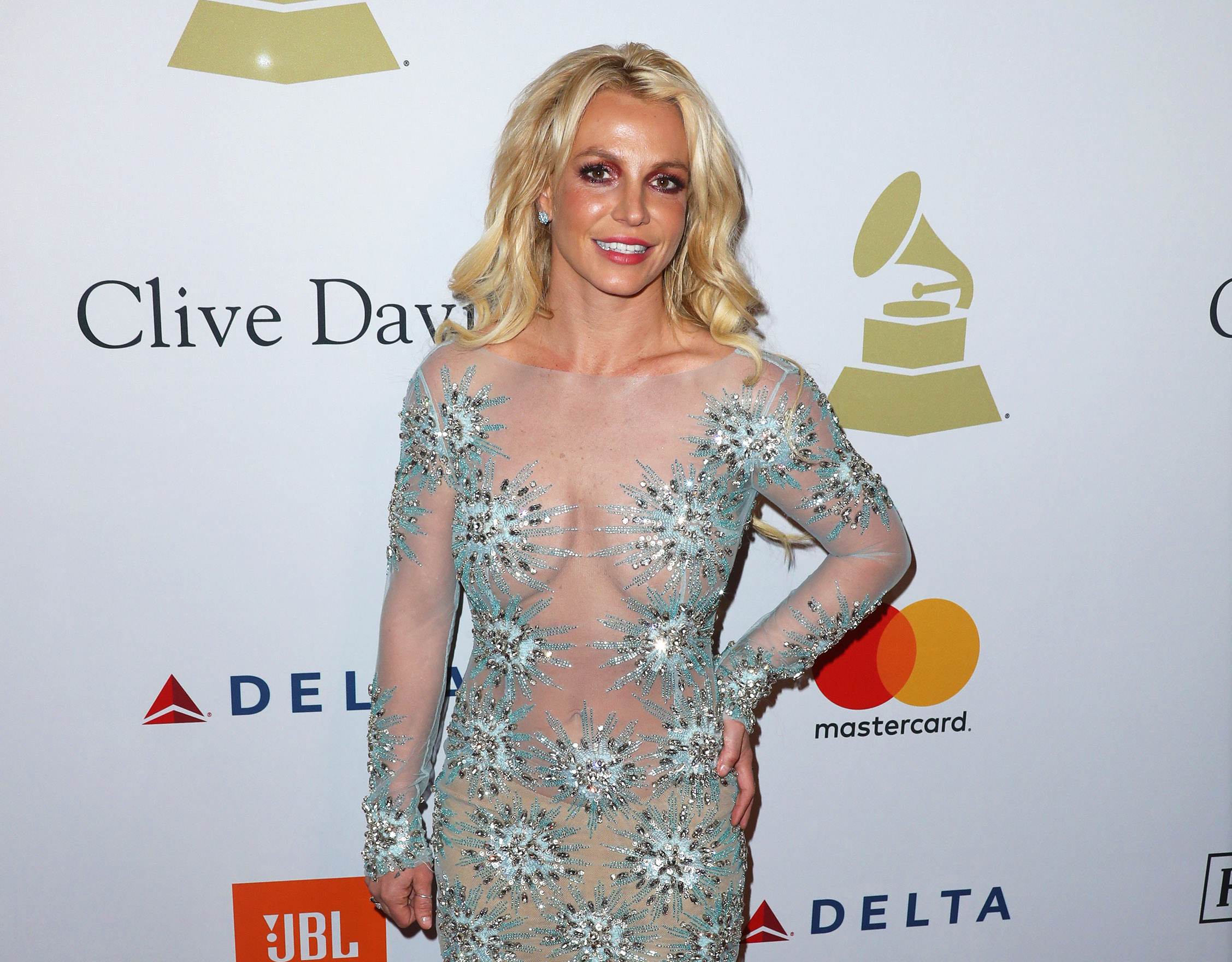 Britney Spears Works Out In Home Gym She Burned Down.jpg