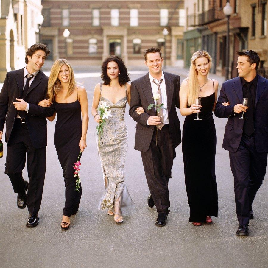 David Schwimmer Jennifer Aniston Courteney Cox Matthew Perry Lisa Kudrow and Matt LeBlanc Friends Cast Reveal Their Favorite Episodes
