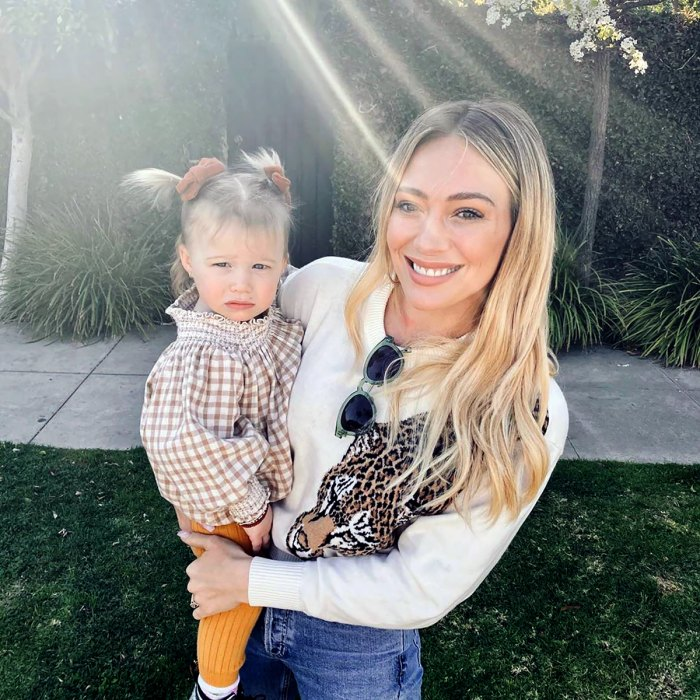 Hilary Duff's Daughter Banks Adorably Devours a Slice of Pizza: 'Take Notes'