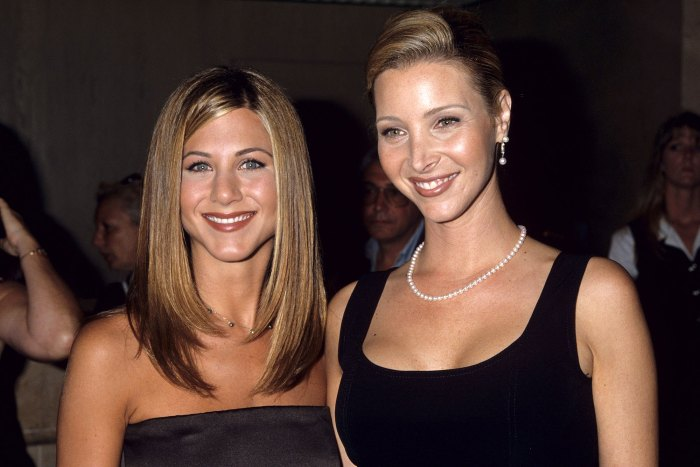 Jennifer Aniston and Lisa Kudrow Friends Memories