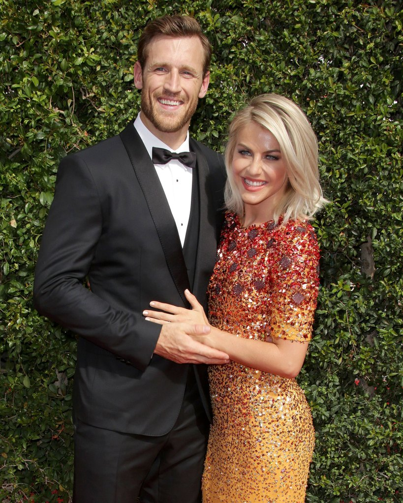 Julianne Hough Is Not in a Good Place After Brooks Laich Split