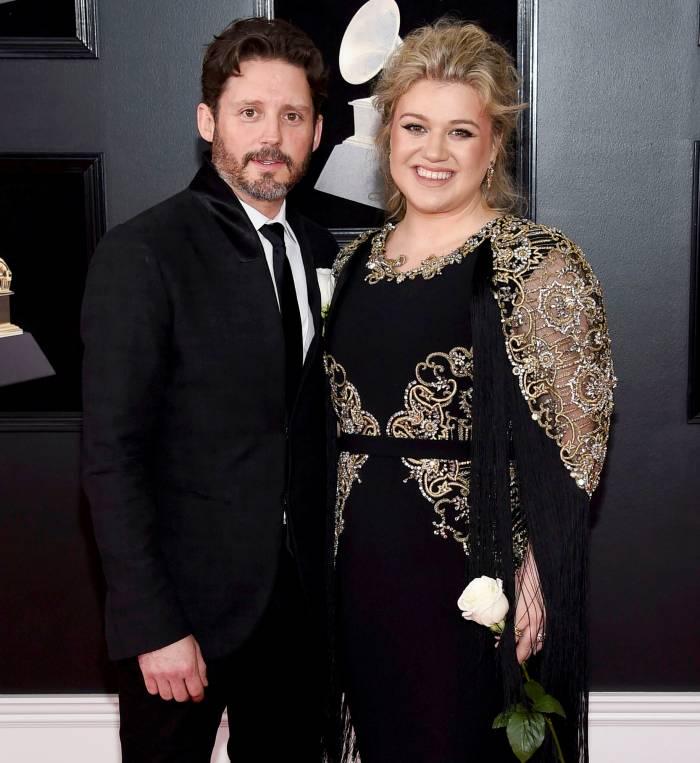 Kelly Clarkson leaning on Blake Shelton amid Brandon Blackstock divorce 2