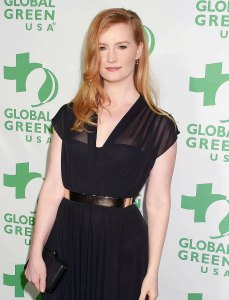 Kimberly Van Der Beek Describes 'Tough' Recovery After Miscarriage, Blood Transfusion