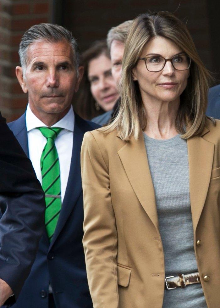 El esposo de Lori Loughlin, Mossimo Giannulli, se presenta a prisión después de declararse culpable en el escándalo de admisión a la universidad