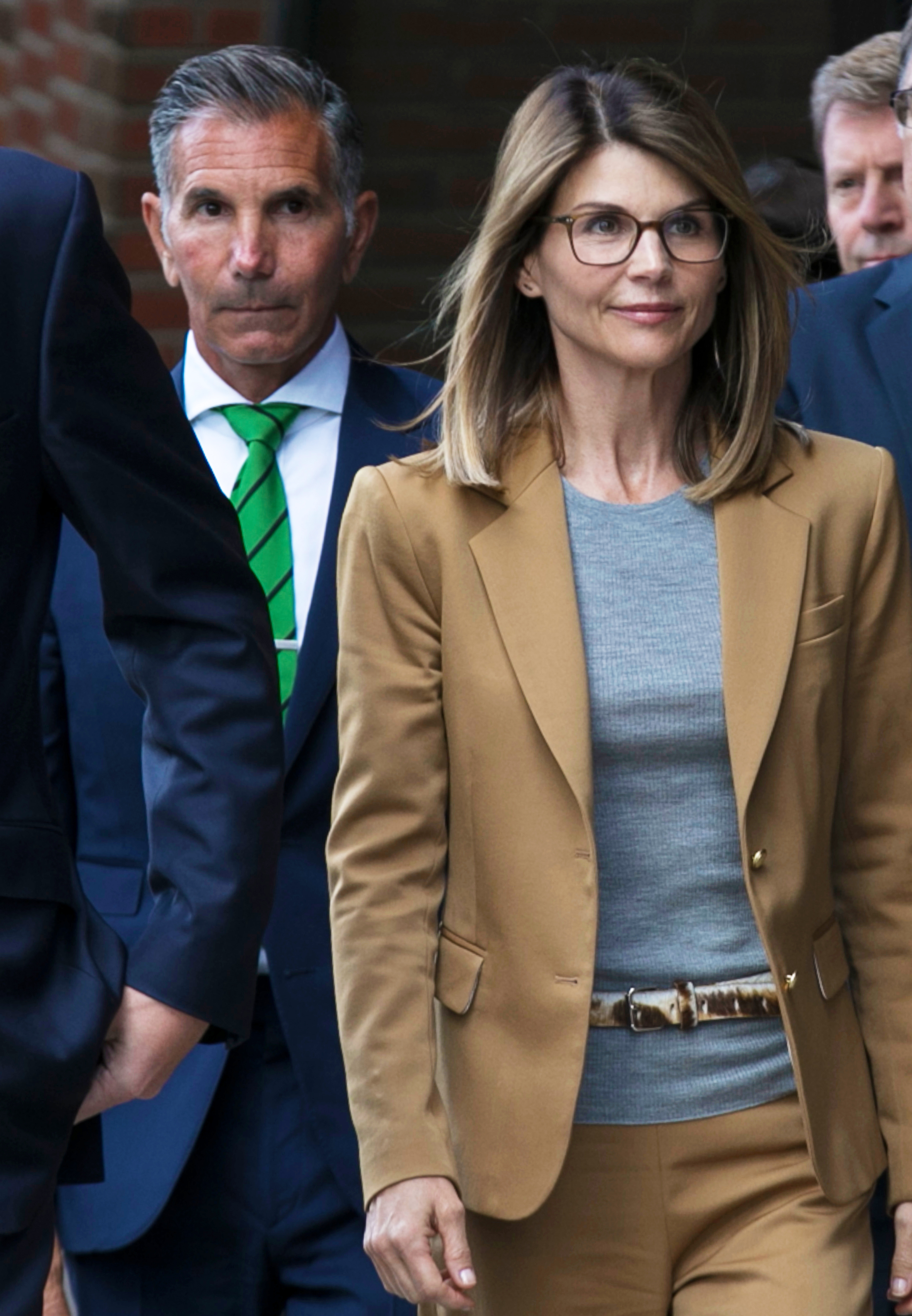 Lori Loughlin and Mossimo Giannulli Resign From Country Club Amid Scandal