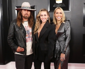 Sober Miley Cyrus Sends Her Stoner Parents Tish and Billy Ray Cyrus Her Old Interviews About Smoking Weed
