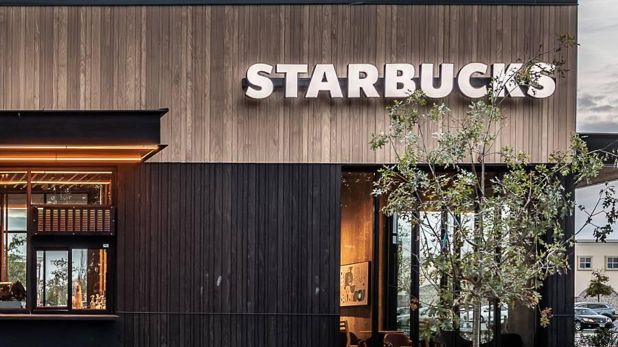 TikTok Users Are Ordering Starbucks Pinkity Drinkity As a Prank