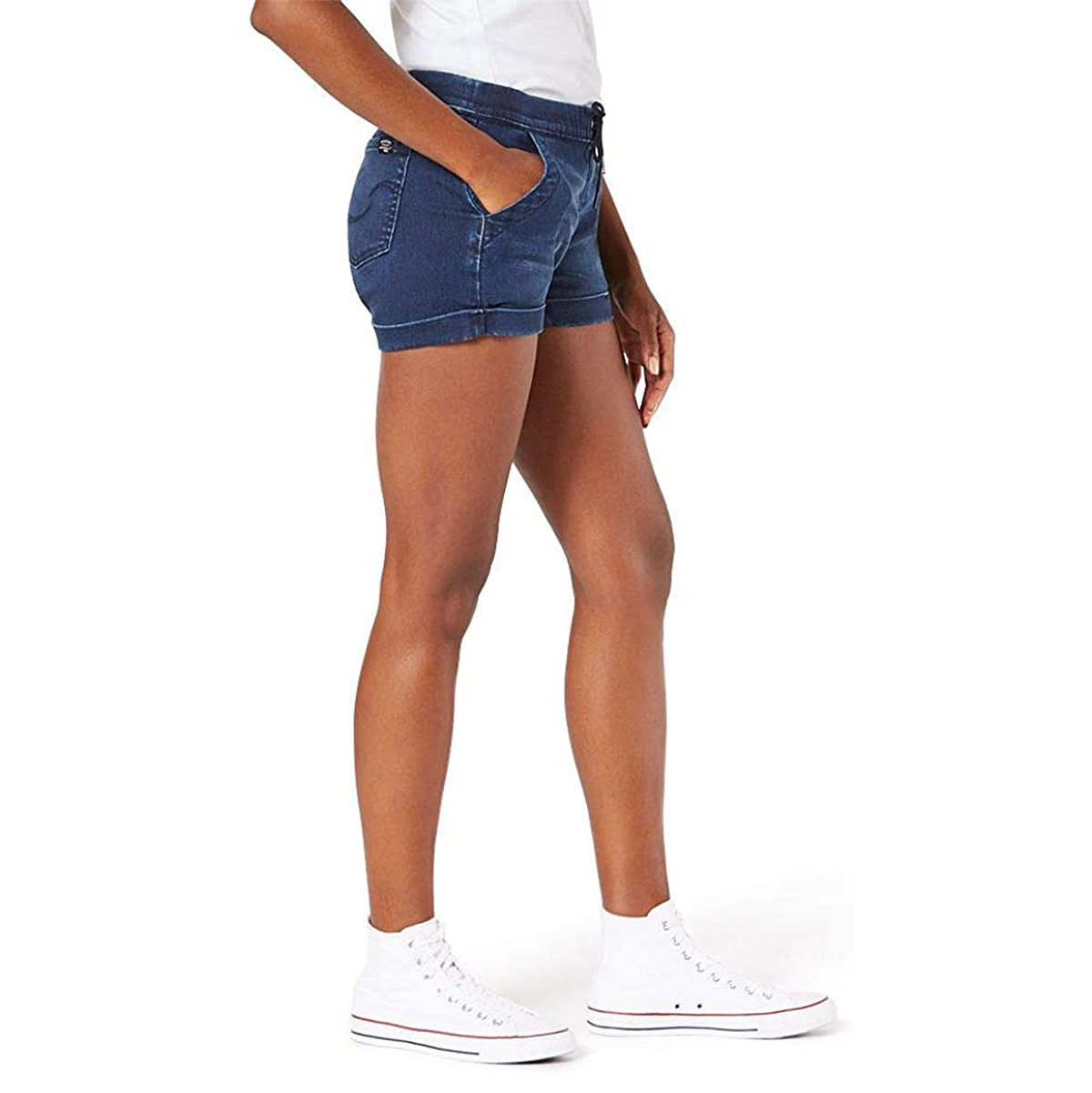 Signature by Levi Strauss & Co. Gold Label Women's Mid-Rise Pull-On Shorts