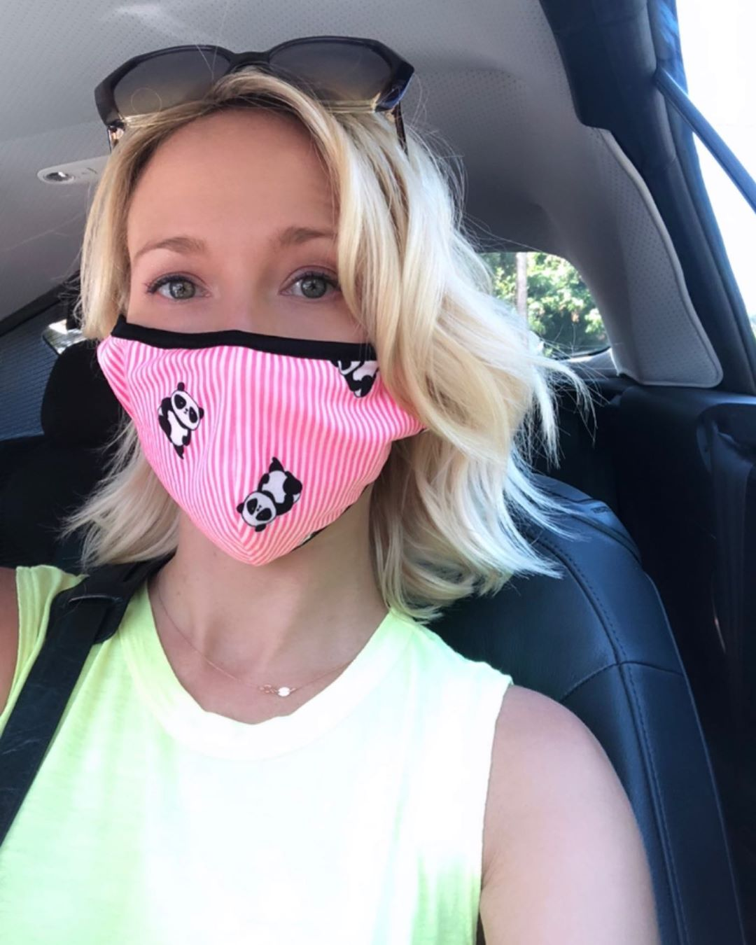 Anna Camp facemask Covid
