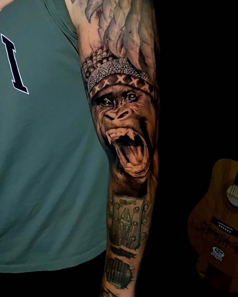 Celebrity Artistic Graphic Tattoos And Body Art Pics