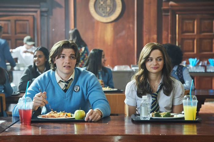 Joel Courtney Joey King The Kissing Booth 2