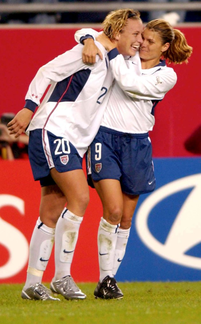 Abby Wambach Mia Hamm Women's Soccer Team