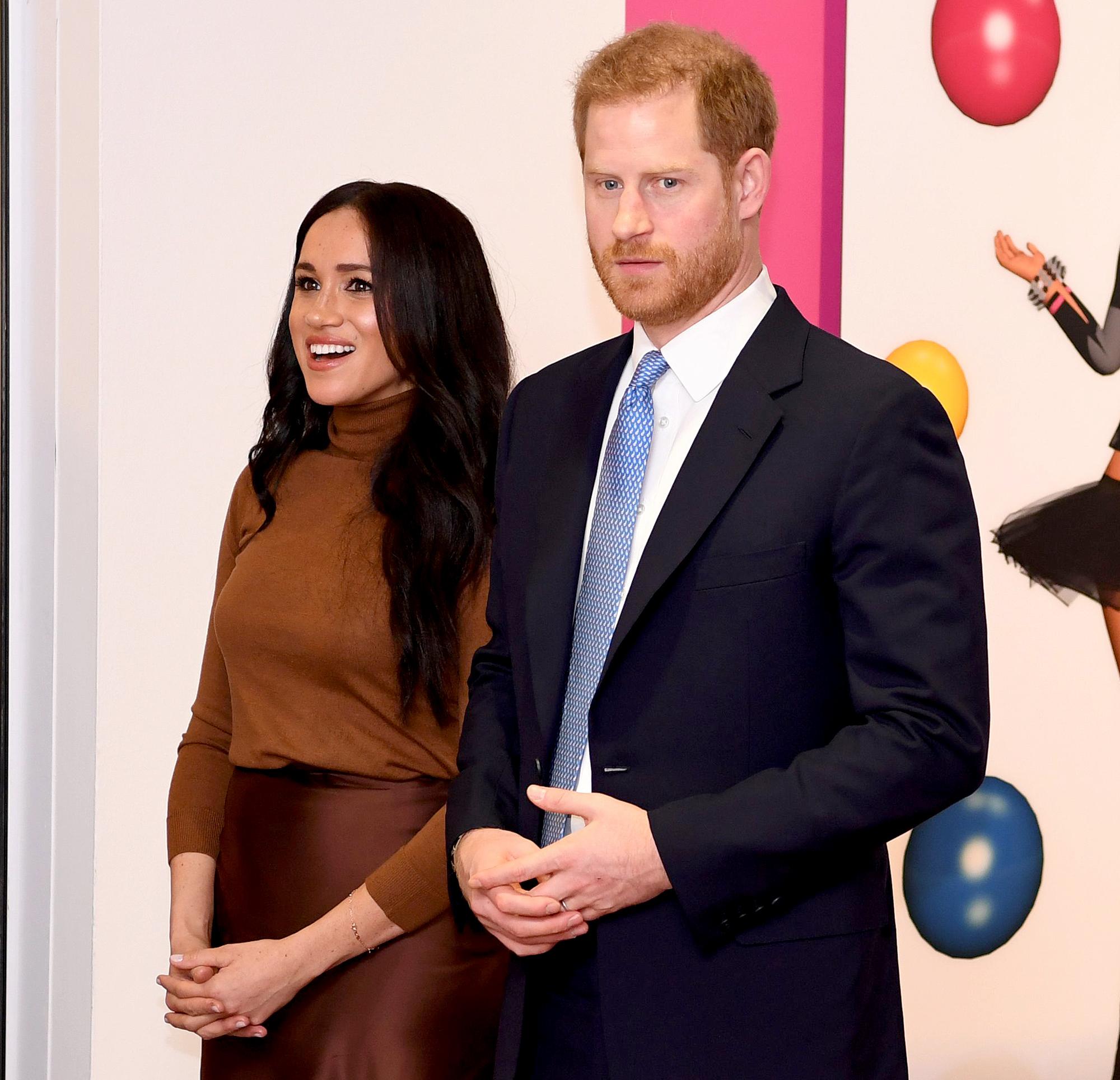 Ryan Reynolds Jokes About Prince Harry and Meghan Markle's Royal Step Back