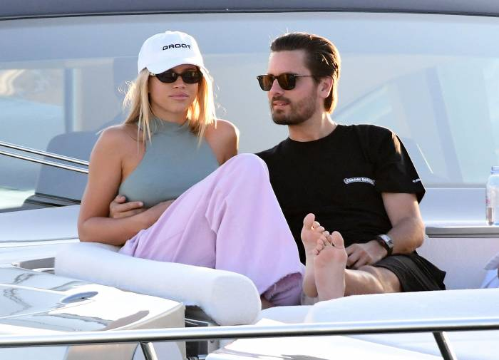 Scott-Disick-Trying-to-Be-on-His-Best-Behavior-for-Sofia-Richie-01