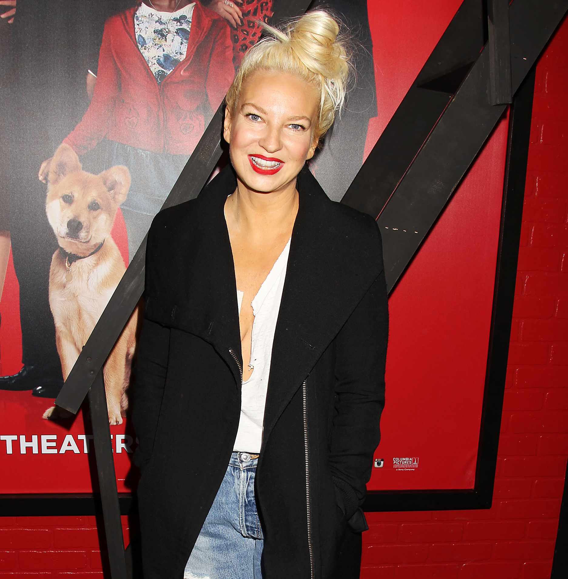 Sia Opens Up About Feeling Really Safe With the Kardashians 2