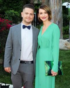Skylar Astin Is Dating Jack Osbournes Ex-Wife Lisa Stelly