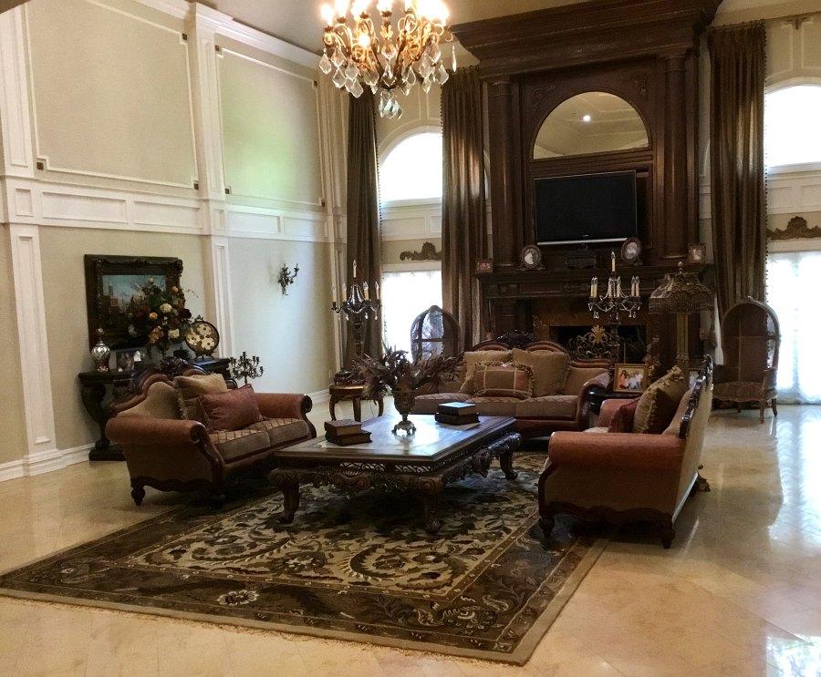 Teresa Giudice Great Room Before