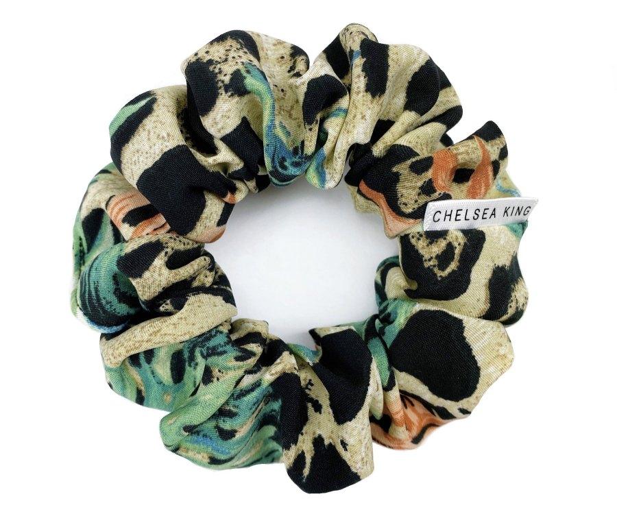 chelsea king scrunchie
