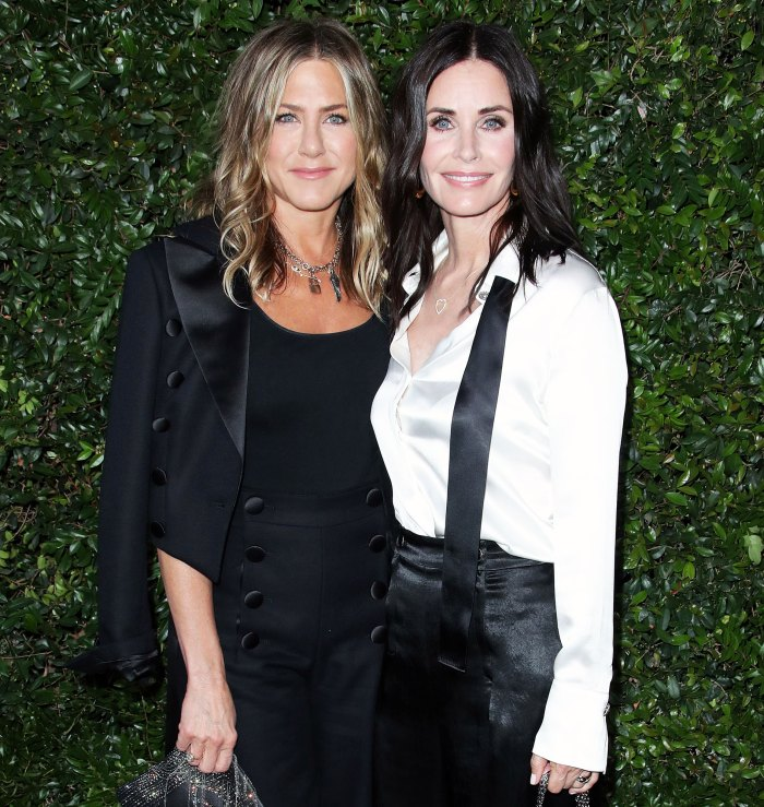 Jennifer Aniston and Courteney Cox attend the Chanel NRDC dinner Courteney Cox Beats Friends Costar Jennifer Aniston in Friendly Game of Pool