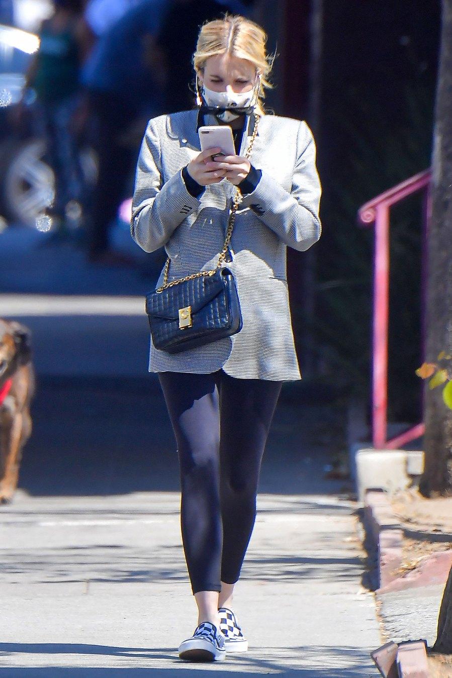Emma Roberts Pregnancy Pics