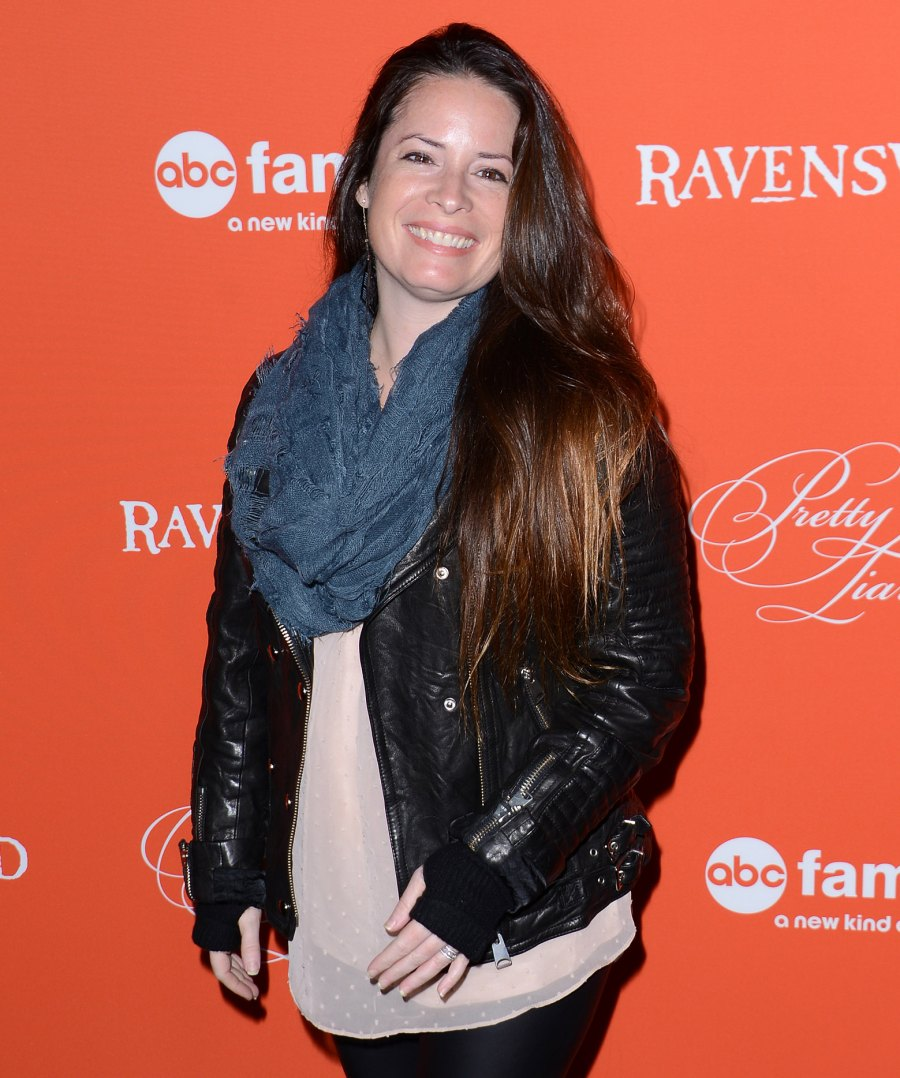 Holly Marie Combs homeschooling