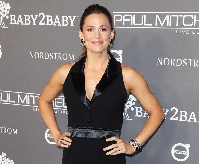Jennifer Garner Sobs After Watching The Office With Her Kids in Quarantine