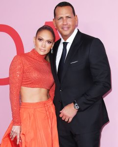 Jennifer Lopez Reacts Rumors Shes Buying Mets With Alex Rodriguez