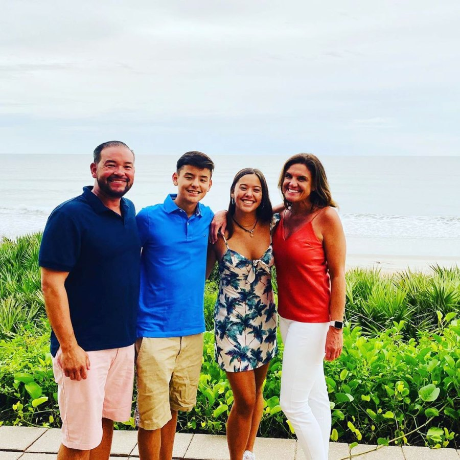 Jon Gosselin Vacations in Florida With Hannah, Collin and Girlfriend Colleen