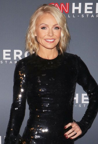 Kelly Ripa Claps Back at Troll Who Criticized Her 'Lack of Personal Grooming'