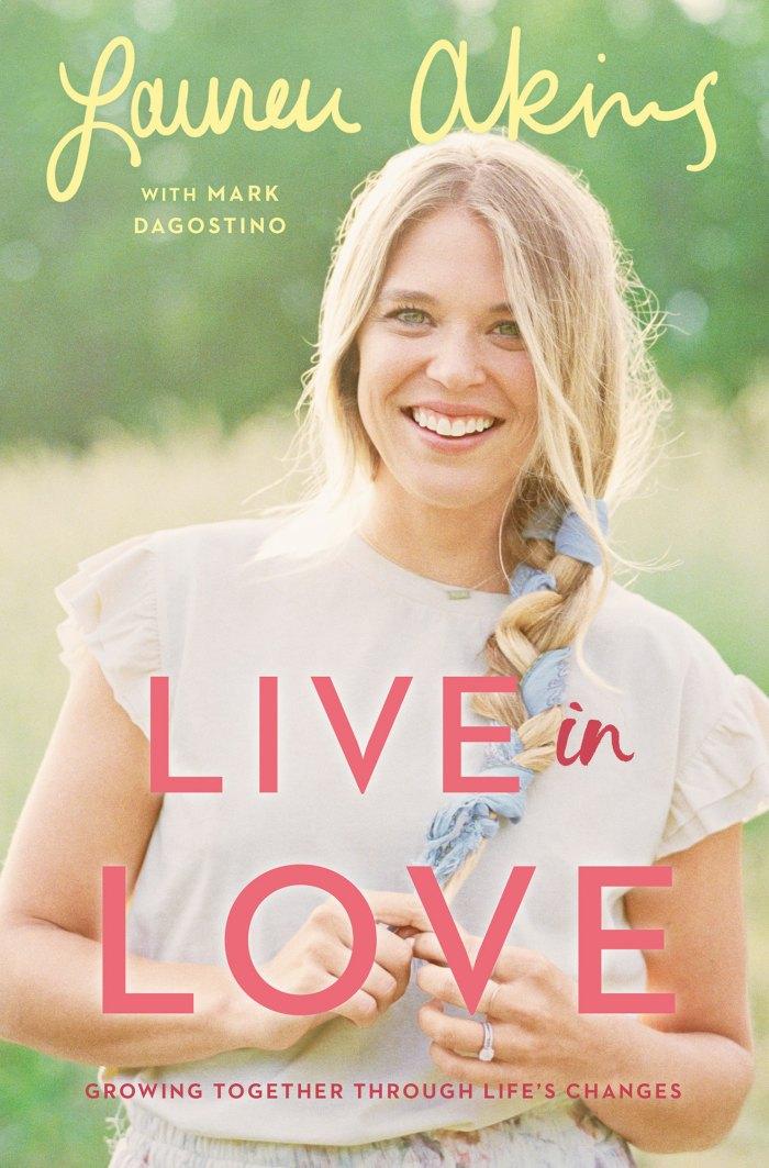 Lauren Akins LIVE IN LOVE