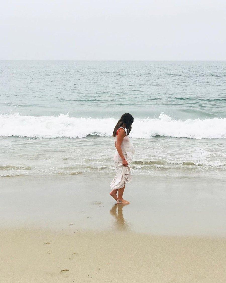 Lea Michele baby bump beach