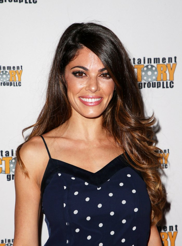 Lindsay Hartley Kelly Monaco Temporarily Recast on General Hospital After Breathing Issue With a Mask
