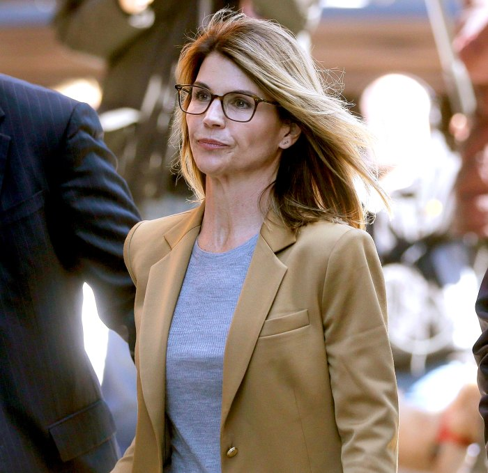 Lori Loughlin Will Express Remorse in Statement to the Court During Sentencing Hearing in College Case