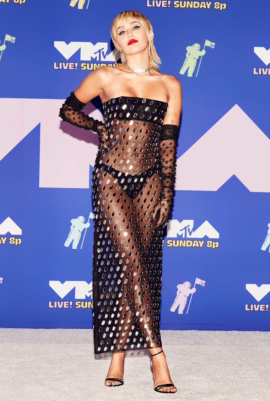 2020 MTV Video Music Awards Red Carpet Arrivals - Miley Cyrus