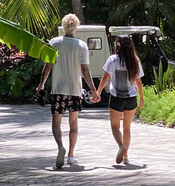 Megan Fox and Machine Gun Kelly Walking Hand in Hand