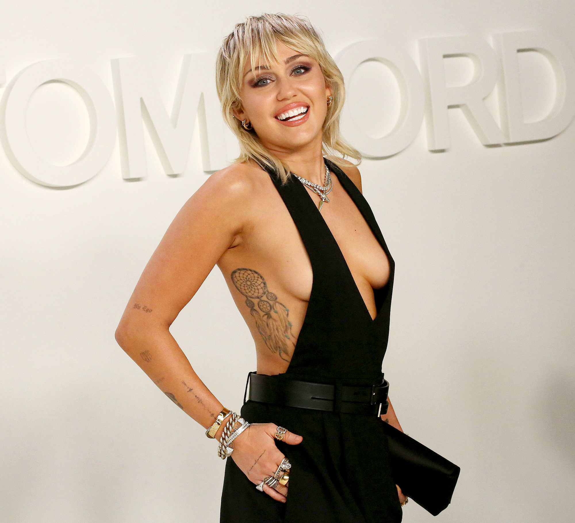 Miley Cyrus Drops New Song Midnight Sky Watch The Music Video